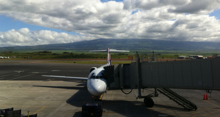 Airports In Maui Hawaii Map.Maui Airport Map Kahului Airport Ogg Information Local Tips